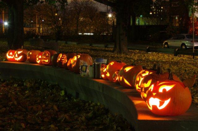 Carlton Park Pumpkin Lighting, 2009